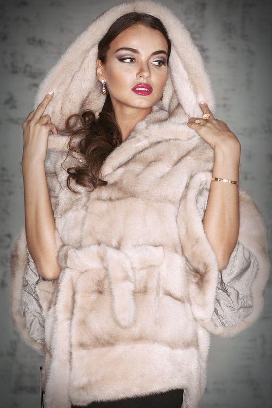 шубы в снежной королеве фото и цены