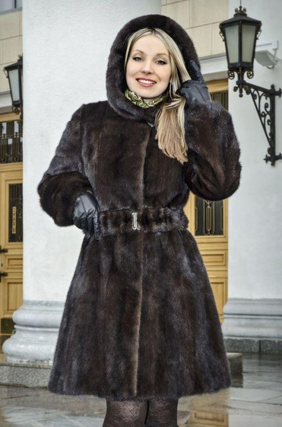 Увидеть фото Женская одежда Новые норковые шубы по приятным ценам + 15% ски