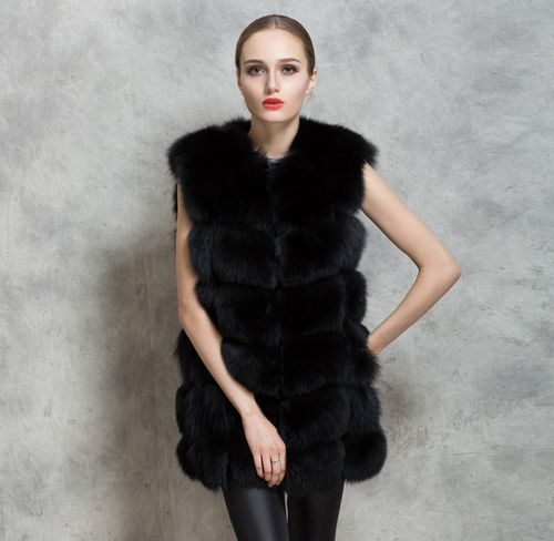 Варианты моделей шуба без рукавов: стилистические особенности