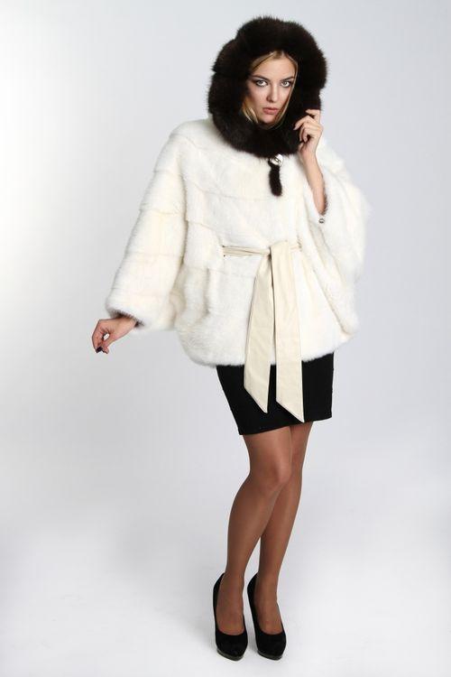 Модные советы: с чем носить белую шубу
