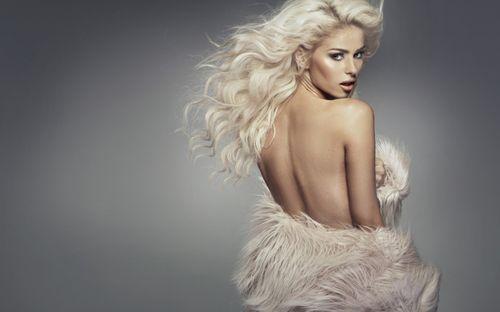 Какие шубы подойдут блондинкам: выбираем мех и цвет