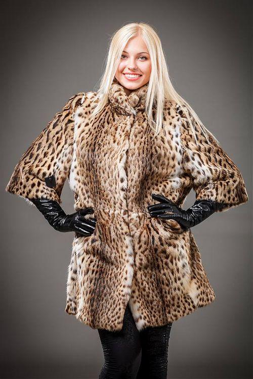 Шуба из натурального меха леопарда