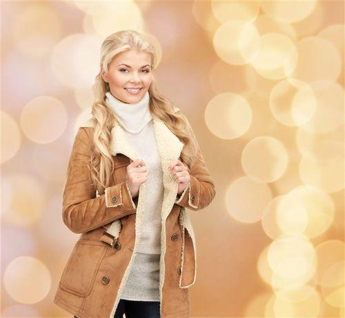 Модные женские дубленки с мехом этого сезона